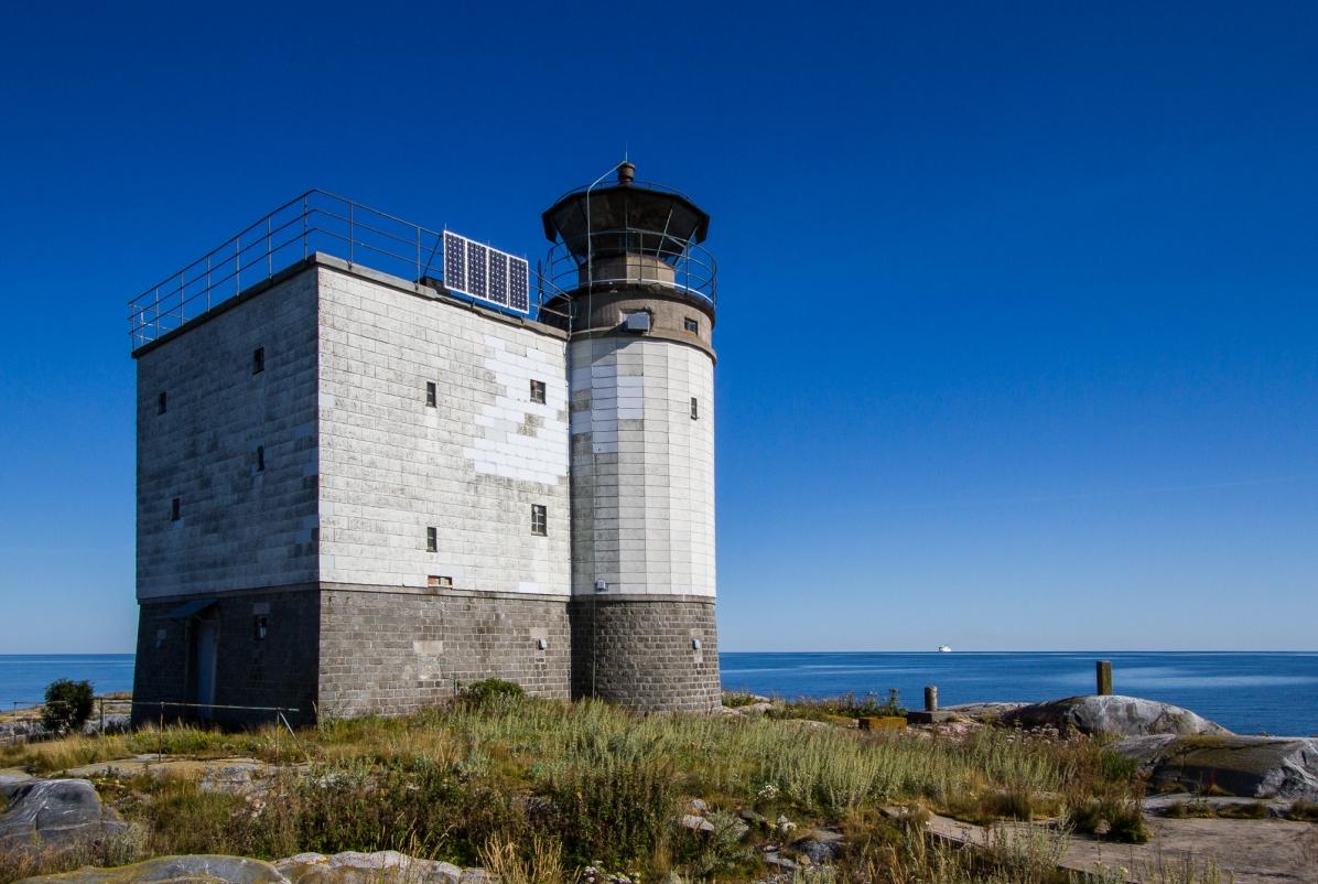 The Tjärven lighthouse