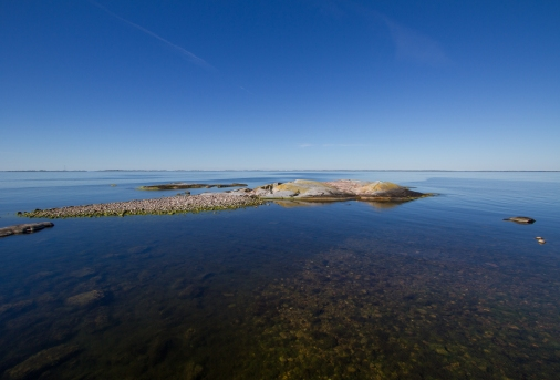 View of Söderarm archipelago from the islet of Tjärven