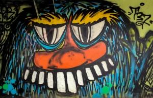 Grafittimonster under Lullehovsbron