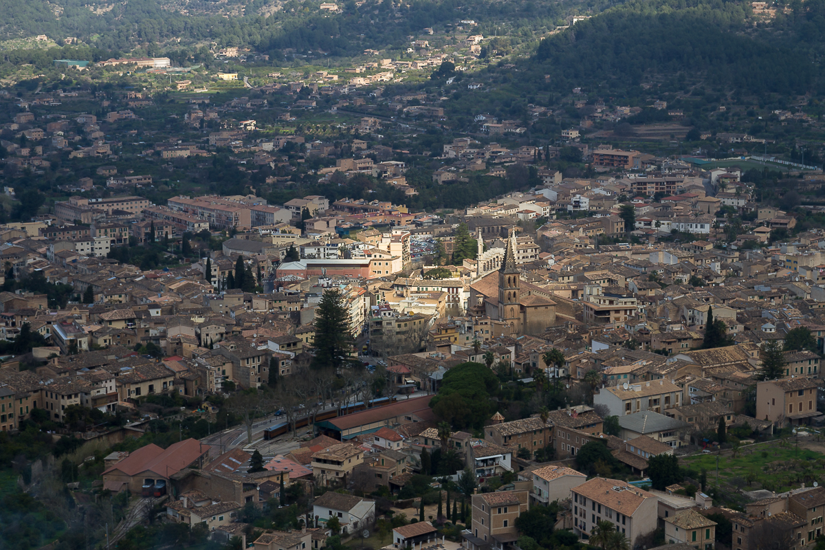 city scape-village-city-town-spain-soller