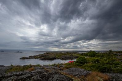 Dramatisk himmel över Ängskärs skärgård, Stockholms skärgård