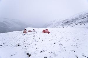 Tält i snö i Rondane nationalpark, Norge