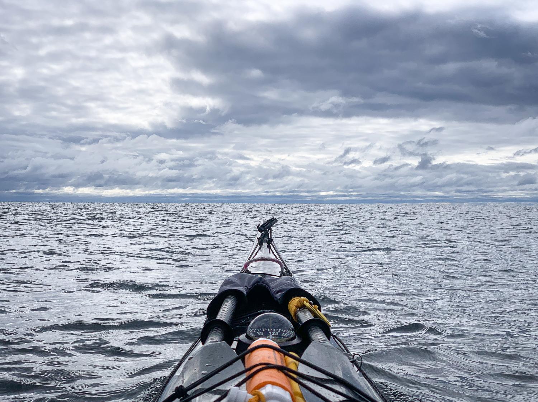 Kajak mot horisonten, Höga kusten